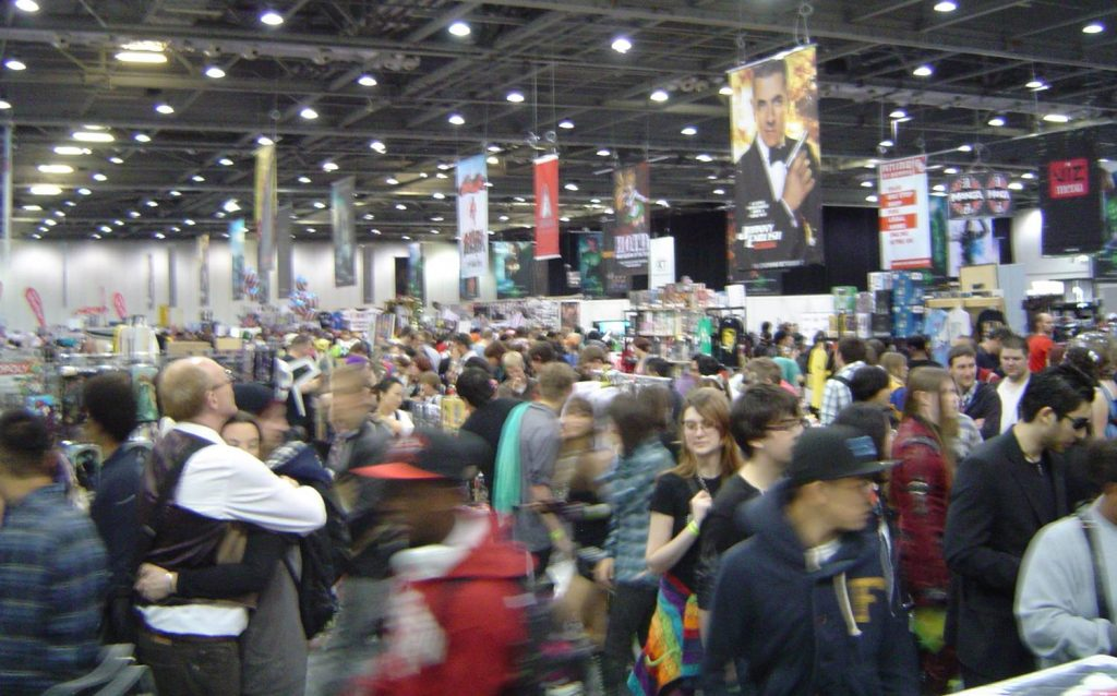 MCM Expo: lots of blurry people